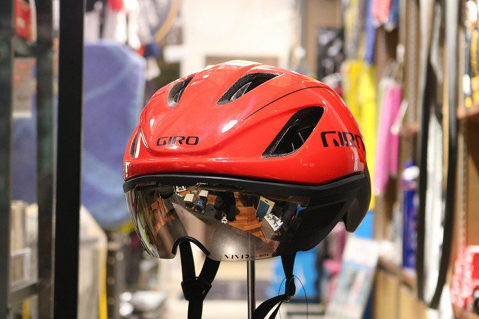 GIRO(ジロ) VANQUISH MIPS ASIAN FIT Red / Black