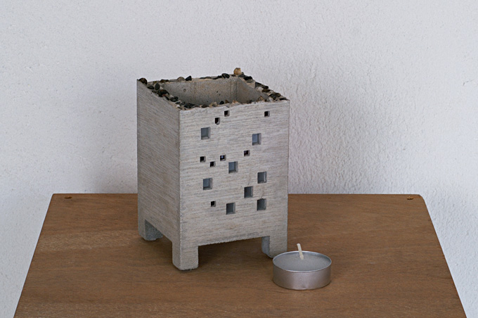 BUILDING CANDLE HOLDER