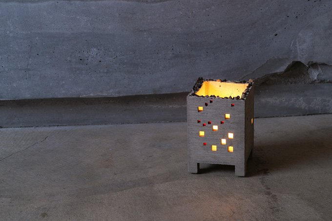 BUILDING CANDLE COVER