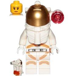 宇宙飛行士の女性-ホワイトスペーススーツ(#60230)
