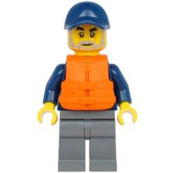 海洋探検家の男性(野球帽#60266)