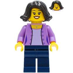 ミディアムラベンダーのジャケットのお母さん(#60291)