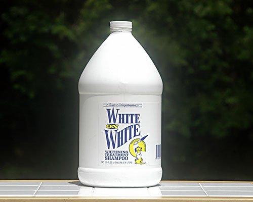 ホワイト オン ホワイト(WHITE ON WHITE)3,785ml