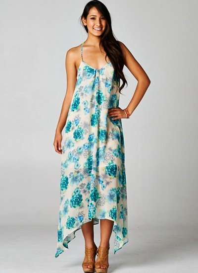 <img class='new_mark_img1' src='https://img.shop-pro.jp/img/new/icons41.gif' style='border:none;display:inline;margin:0px;padding:0px;width:auto;' />LoveStitch HANDKERCHIEF MAXI DRESS