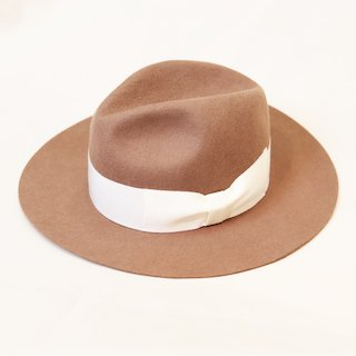 center crease felt hat