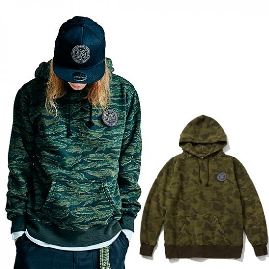 <img class='new_mark_img1' src='//img.shop-pro.jp/img/new/icons50.gif' style='border:none;display:inline;margin:0px;padding:0px;width:auto;' />TOYPLANE Camo hoodie