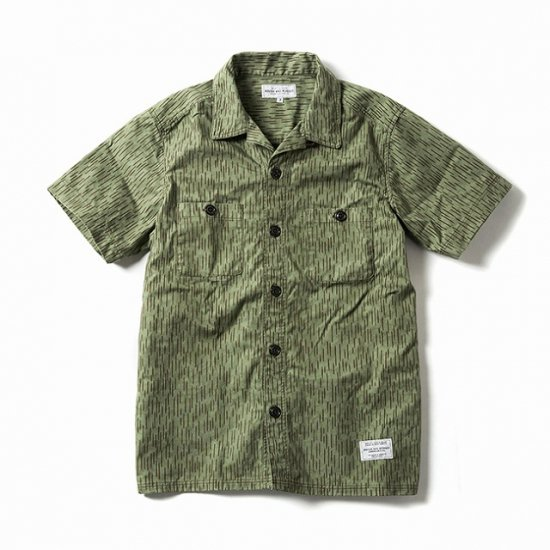 <img class='new_mark_img1' src='https://img.shop-pro.jp/img/new/icons50.gif' style='border:none;display:inline;margin:0px;padding:0px;width:auto;' />ROUGH AND RUGGED DENIRO SS RAINDROP CAMO