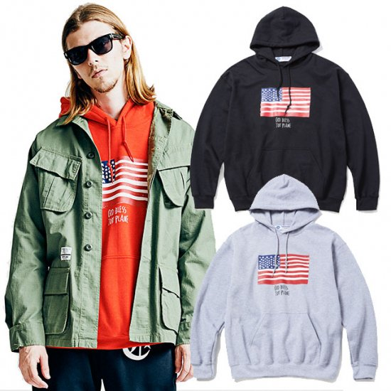 <img class='new_mark_img1' src='https://img.shop-pro.jp/img/new/icons12.gif' style='border:none;display:inline;margin:0px;padding:0px;width:auto;' />TOYPLANE FLAG HOODIE
