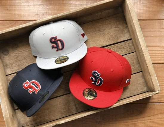 <img class='new_mark_img1' src='https://img.shop-pro.jp/img/new/icons50.gif' style='border:none;display:inline;margin:0px;padding:0px;width:auto;' />STANDARD CALIFORNIA   NEW ERA × SD 59 FIFTY Logo Cap Type 7
