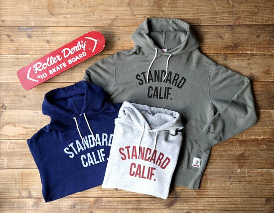 <img class='new_mark_img1' src='https://img.shop-pro.jp/img/new/icons50.gif' style='border:none;display:inline;margin:0px;padding:0px;width:auto;' />STANDARD CALIFORNIA SD Pullover Hood Sweat with Logo
