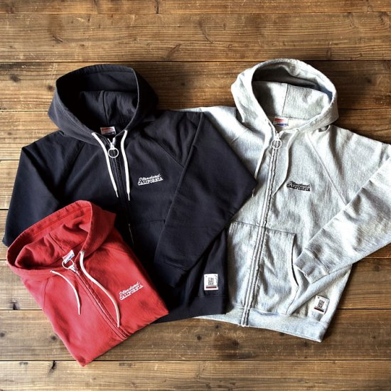 <img class='new_mark_img1' src='https://img.shop-pro.jp/img/new/icons50.gif' style='border:none;display:inline;margin:0px;padding:0px;width:auto;' />STANDARD CALIFORNIA SD US Cotton Zip Hood Sweat