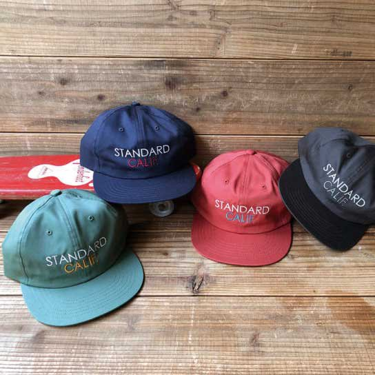 <img class='new_mark_img1' src='https://img.shop-pro.jp/img/new/icons12.gif' style='border:none;display:inline;margin:0px;padding:0px;width:auto;' />STANDARD CALIFORNIA SD Logo Twill Cap