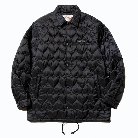 <img class='new_mark_img1' src='https://img.shop-pro.jp/img/new/icons50.gif' style='border:none;display:inline;margin:0px;padding:0px;width:auto;' />CALEE Heart quilting nylon coach jacket