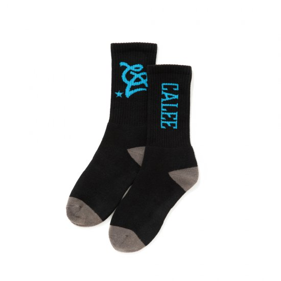 <img class='new_mark_img1' src='https://img.shop-pro.jp/img/new/icons12.gif' style='border:none;display:inline;margin:0px;padding:0px;width:auto;' />CALEE Multi logo socks