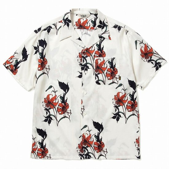 <img class='new_mark_img1' src='https://img.shop-pro.jp/img/new/icons50.gif' style='border:none;display:inline;margin:0px;padding:0px;width:auto;' />CALEE Allover flower pattern S/S shirt