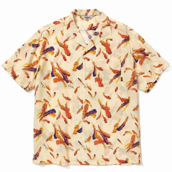 <img class='new_mark_img1' src='https://img.shop-pro.jp/img/new/icons12.gif' style='border:none;display:inline;margin:0px;padding:0px;width:auto;' />CALEE Allover feather pattern S/S shirt