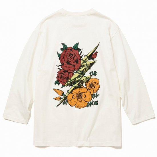 <img class='new_mark_img1' src='https://img.shop-pro.jp/img/new/icons12.gif' style='border:none;display:inline;margin:0px;padding:0px;width:auto;' />CALEE 8 Length sleeve thunderbolt set in t-shirt
