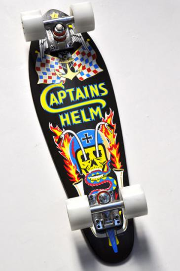 <img class='new_mark_img1' src='//img.shop-pro.jp/img/new/icons50.gif' style='border:none;display:inline;margin:0px;padding:0px;width:auto;' />CAPTAINS HELM CHT×GFH skatebosrd