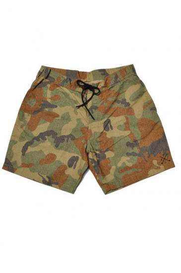 <img class='new_mark_img1' src='https://img.shop-pro.jp/img/new/icons50.gif' style='border:none;display:inline;margin:0px;padding:0px;width:auto;' />CAPTAINS HELM BOARD SHORTS -RIP STOP CAMO