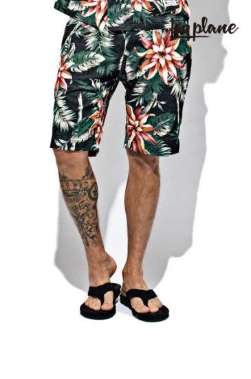 <img class='new_mark_img1' src='https://img.shop-pro.jp/img/new/icons50.gif' style='border:none;display:inline;margin:0px;padding:0px;width:auto;' />TOYPLANE FLORAL SHORTS