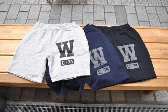 <img class='new_mark_img1' src='//img.shop-pro.jp/img/new/icons12.gif' style='border:none;display:inline;margin:0px;padding:0px;width:auto;' />SEVENTY FOUR W(C-74) SWEAT SHORTS