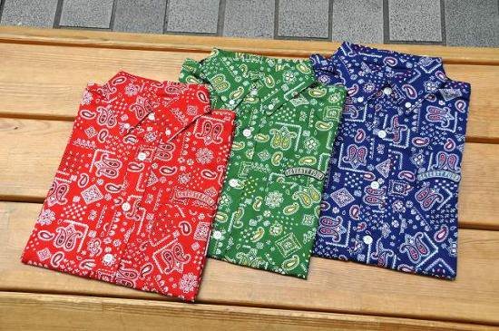 <img class='new_mark_img1' src='https://img.shop-pro.jp/img/new/icons16.gif' style='border:none;display:inline;margin:0px;padding:0px;width:auto;' />SEVENTY FOUR PAISLEY B.D. SHIRTS S/S