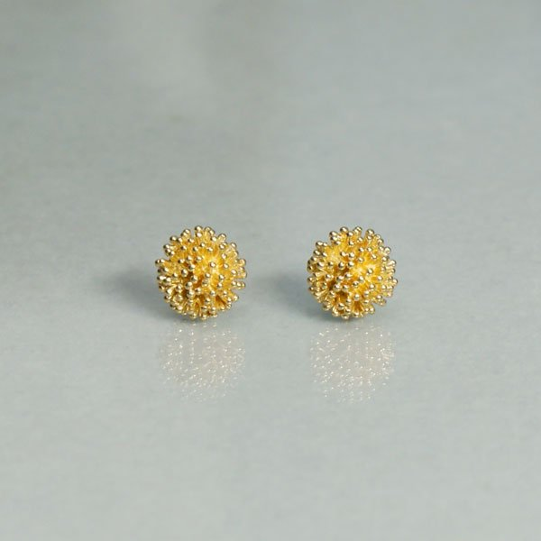 つぶの花 Pierce large gold(brass)