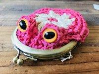 編みカゴ風カエルがま口 ピンク