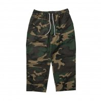 <font size=5>TBPR</font><br>Baggy Camo Pants<br>2 Color<br><img class='new_mark_img2' src='https://img.shop-pro.jp/img/new/icons1.gif' style='border:none;display:inline;margin:0px;padding:0px;width:auto;' />