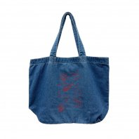 <font size=5>RUTSUBO 坩堝</font><br>GO HOME TOTE BAG (RUTSUBO×aimi odawara)<br>Bule denim<br><img class='new_mark_img2' src='https://img.shop-pro.jp/img/new/icons1.gif' style='border:none;display:inline;margin:0px;padding:0px;width:auto;' />