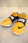 『NIKE』<br>Lunar Fly 306<br>YELLOW<br>27cm<img class='new_mark_img2' src='//img.shop-pro.jp/img/new/icons47.gif' style='border:none;display:inline;margin:0px;padding:0px;width:auto;' />