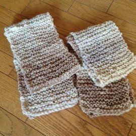 【パパ】キッズとパパのお揃い手編みミニマフラー・ホワイト系(親子おそろいマフラー)