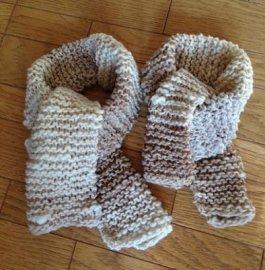 【キッズ】キッズとパパの手編みミニマフラー・ホワイト系(親子おそろいマフラー)