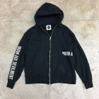 <img class='new_mark_img1' src='https://img.shop-pro.jp/img/new/icons6.gif' style='border:none;display:inline;margin:0px;padding:0px;width:auto;' />Embroidery Zip Hoodie