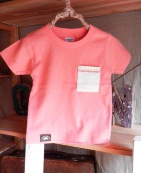 スウェーデン刺繍キッズTシャツ【100cm(3~4歳)】『サーモンピンク×刺繍』【Tシャツ、半袖】キッズ夏メイドインジャ…