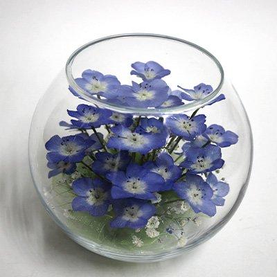ボトルフラワー(ボールボトル) ネモフイラの花とカスミ草