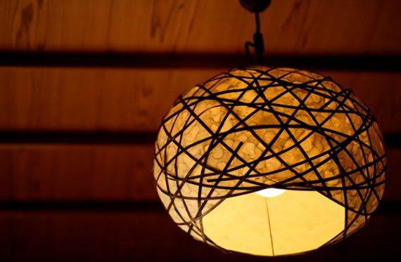 「灯月 (ゆらぎ)」 竹と手漉き土佐和紙の手作り照明