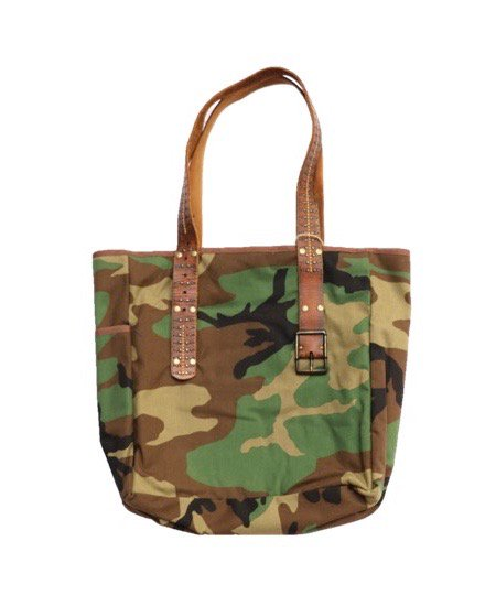 ONE IN THE WORLD/CAMO BELT BAG