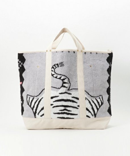 SALTWATER COWBOY/WHITE TIGER BLANKET LARGE TOTE