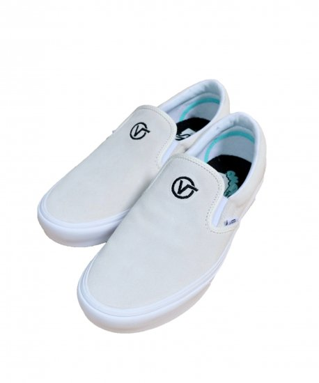 VANS / COMFYCUSH SLIP-ON