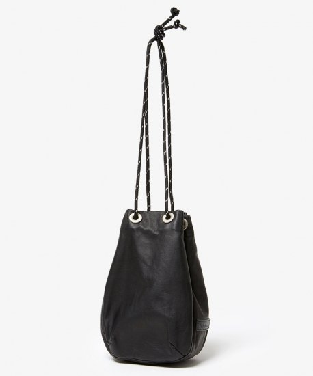 hobo / WATERPROOF LEATHER DRAWSTRING BAG