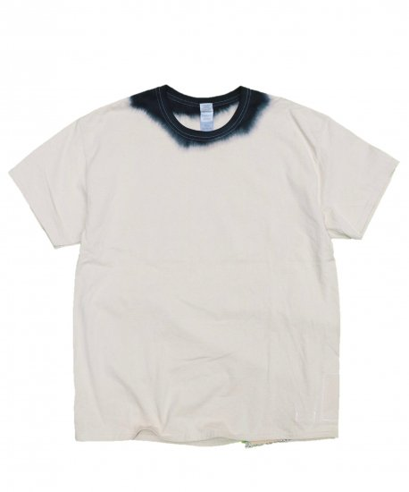 ONE IN THE WORLD / NECK COLOR TEE