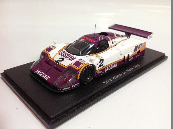 Spark製 1/43 Jaguar XJR9 No.2 Winner L