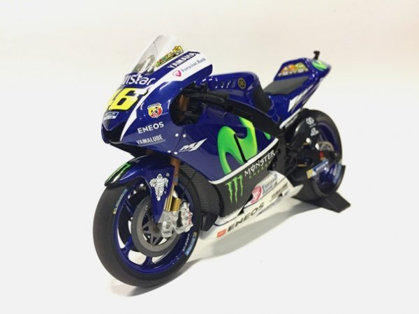 1/12ヤマハYZR-M1 MOVISTAR WinterTest Sepang2016 Vロッシ