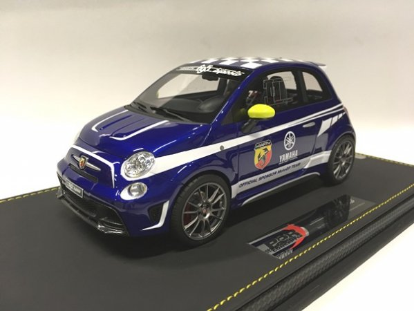 1/18Abarth 695 Biposto Yamaha Factory Racing Edition 2015 V.rossi(ブルー)