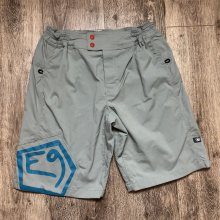 E9 - WET Shorts - 3color