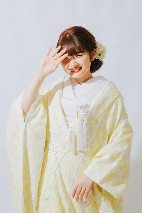 和洋折衷花嫁衣裳 エンブロイダイリー刺繍レース打掛 シノワズリー婚礼衣装 <白×黄スパンコール地> フルセットレンタル