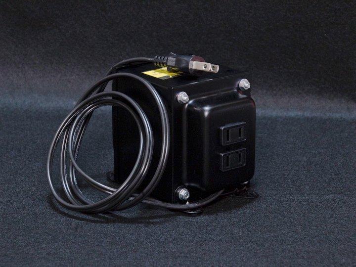 100V→110V〜120Vトランス(変圧器/昇圧器)