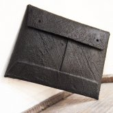 【在庫あり】カガリユウスケ 封筒型小銭入れ black