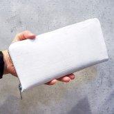 【ラスト1点】カガリユウスケ ラウンドジップ 長財布 white
